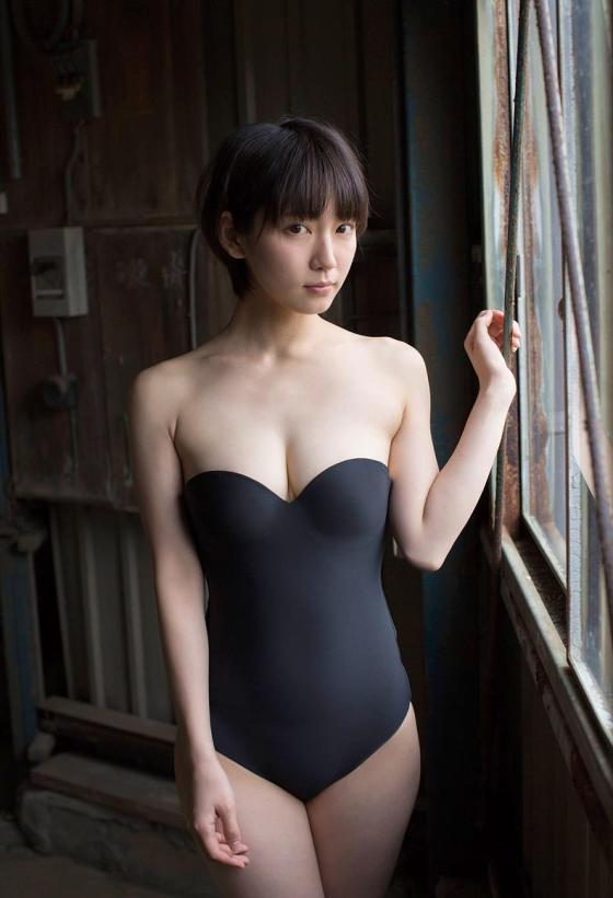 riho_yoshioka8.jpg